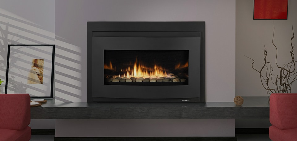COSMO-I35 Gas Insert with Halo front in black, ceramic fiber stone and reflective interior