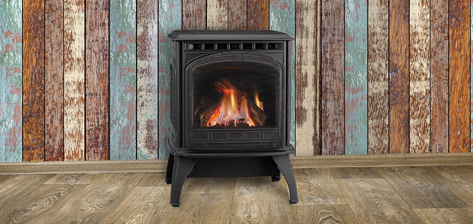 Quadra-Fire Garnet Gas Stove shown in black with standard safety screen